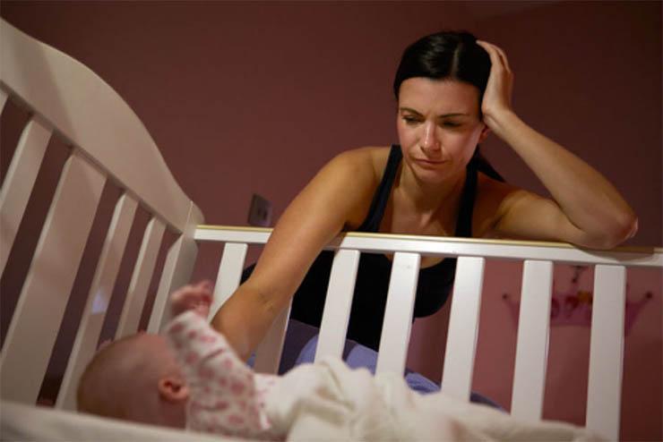 Nem tudod elaltatni, akármivel próbálkozol? Íme, néhány kiváló babaaltató trükk!