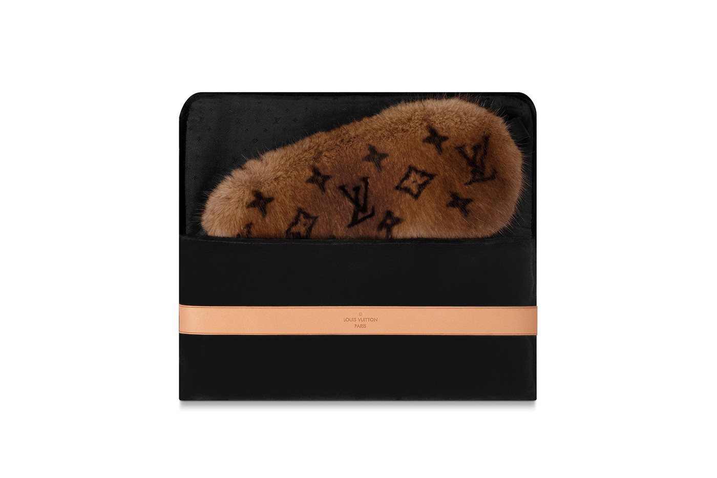 Megjelent a Louis Vuitton legújabb Mink Fur Sleep szemmaszkja